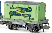 NR-24  Peco Conflat with container, Southern, N scale
